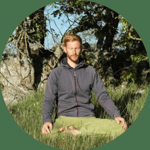 meditation-halber-lotussitz-zazen