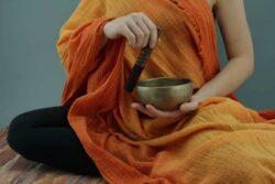 Mantra-Meditation: Eine Anleitung in 8 Schritten für deine spirituelle und persönliche Entwicklung