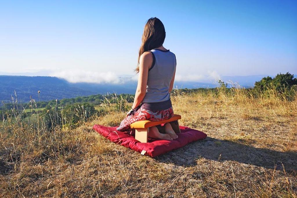 meditationsbank-sitzen-komfortabel